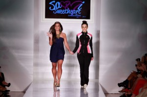 NYFW = LAFW / Sammi Sweetheart's Fake-Fit / Avril Does Edgy / Daisy Fuentes is DISplaced