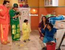 PLUSHIN' On U: La Familia Peluche