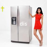 DIS Magazine: DISimages.com » Smiling at Art