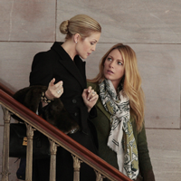 AUCTION ALERT | The Art of Gossip Girl