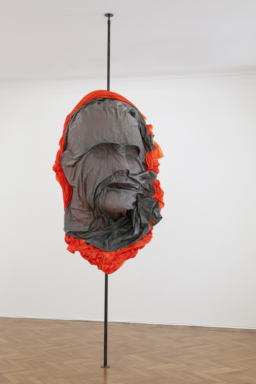 Patrick Tuttofuoco, Parto(Orange), 2014, Courtesy Studio Guenzani, Milano. Photo©Andrea Rossetti.