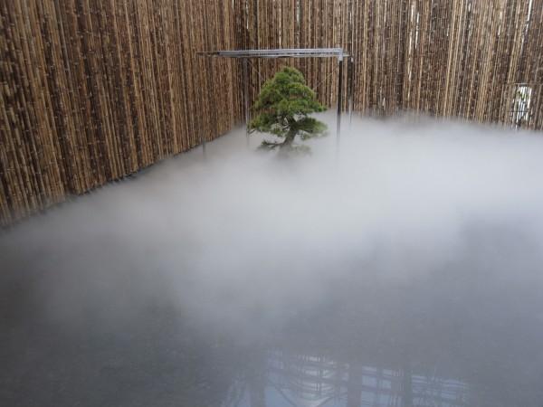 Fujiko Nakaya, Fog Garden Murasaki, 2010. Japan Industry Pavilion, Shanghai Expo, China. Copyright: Processart Inc.