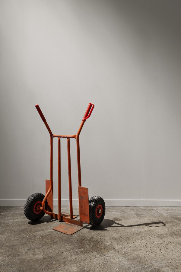 Sofia Hultén Indecisive Angles (IV), 2015, Modified steel trolley, paint. Courtesy of Daniel Marzona Photo: Vegard Kleven © Punkt Ø/ Momentum